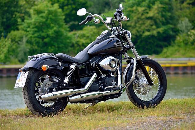 Amerykański Harley Davidson w czarnym kolorze
